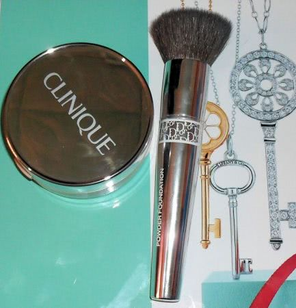 Clinique Superbalanced Powder Makeup SPF 15
