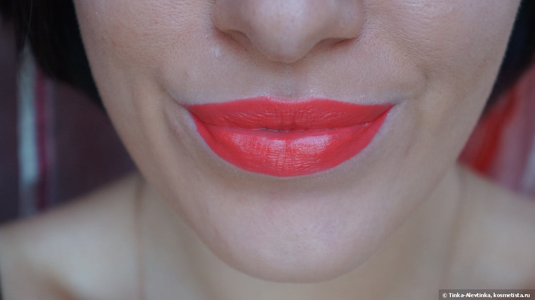 Идеальный летний коралл. Estée Lauder Pure Color Envy Sculpting Lipstick 320 Defiant Coral