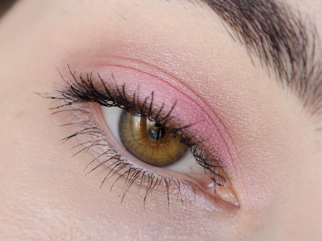 Shiseido Luminizing Satin Eye Color Trio — RD 711 Pink Sands