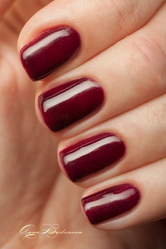 Red Carpet LED Nail Gel Polish №514 Draped in Rubies