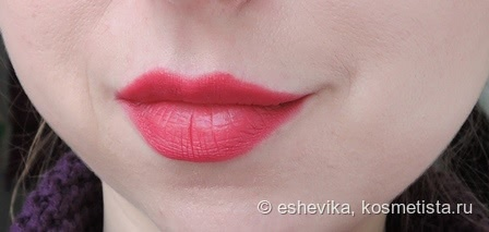 Новинка от L'Oreal. Помада Indefectible Matt Lippen-Puder-Stift в оттенке 004  Oops I Pink It Again