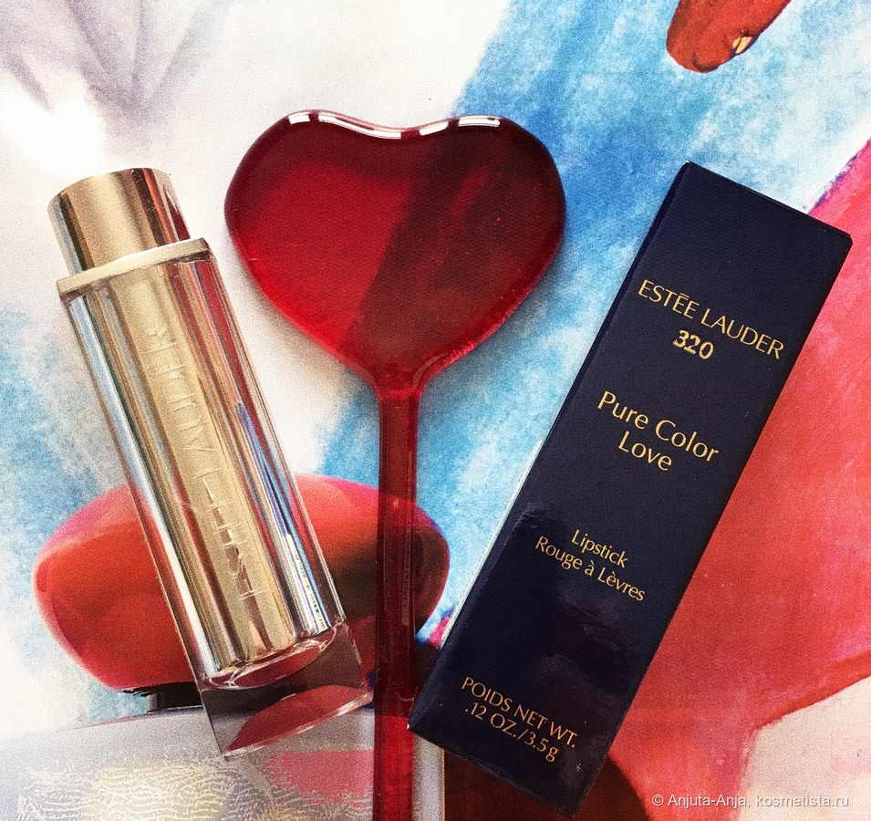 Love с Estee Lauder Pure Color Love Lipstick в оттенке 320 - Burning Love