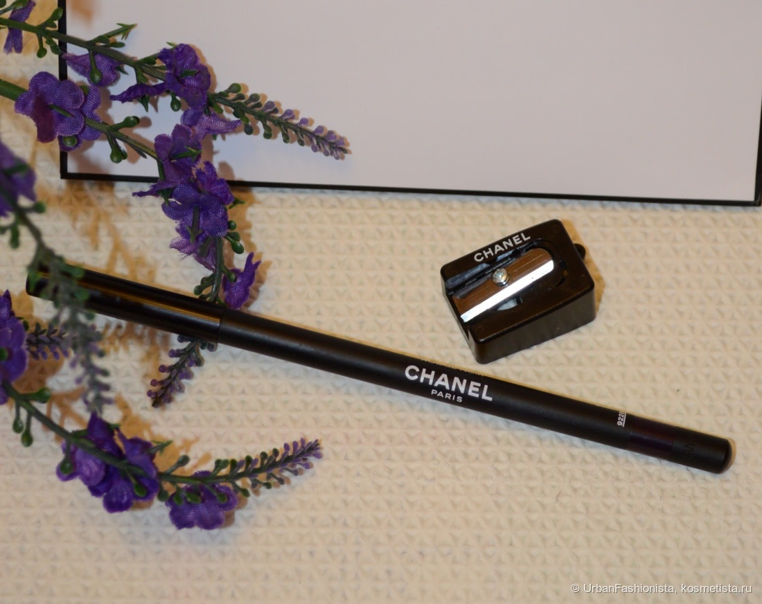 Восхитительный дуэт: Chanel Le Crayon Khol Intense Eye Pencil 17 Rouge Noir и Chanel Le Volume De Chanel 30 Prunе